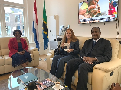 Chief Editor of Diplomat Magazine, the most favour Magazine in the Netherlands, Dr. Mayelline De Lara and her Assistant, Mr. Roy Lie A Tjam visit the Embassy on 20th May 2019.